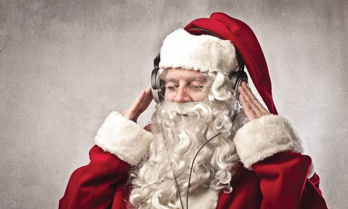 Entertainment Spotlight - Your McMurray Christmas Playlist